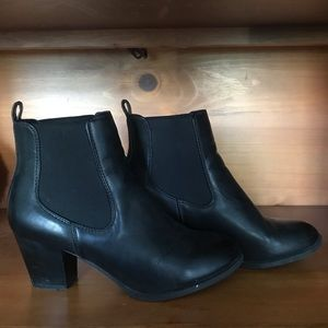 G.H. Bass & Co. Heeled Ankle Boots Size 8.5